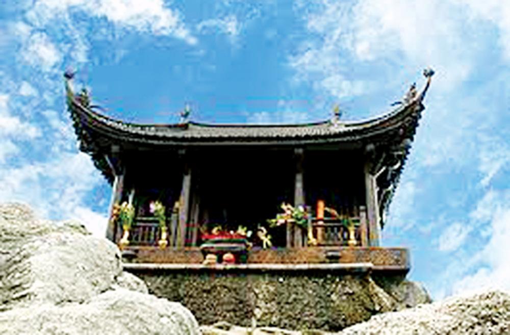 Chùa Đồng trên đỉnh non thiêng Yên Tử