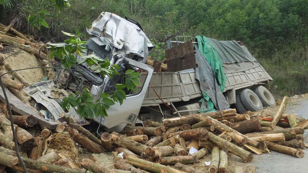 Cục Đăng kiểm Việt Nam thông tin về xe tải gặp nạn khiến 7 người tử vong