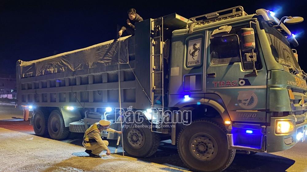 Bắc Giang: Tăng cường xử lý vi phạm ATGT trên QL 1A và cao tốc Hà Nội-Bắc Giang