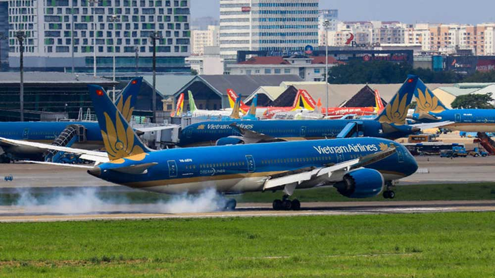 Vietnam Airlines, international commercial flights, RT-PCR test