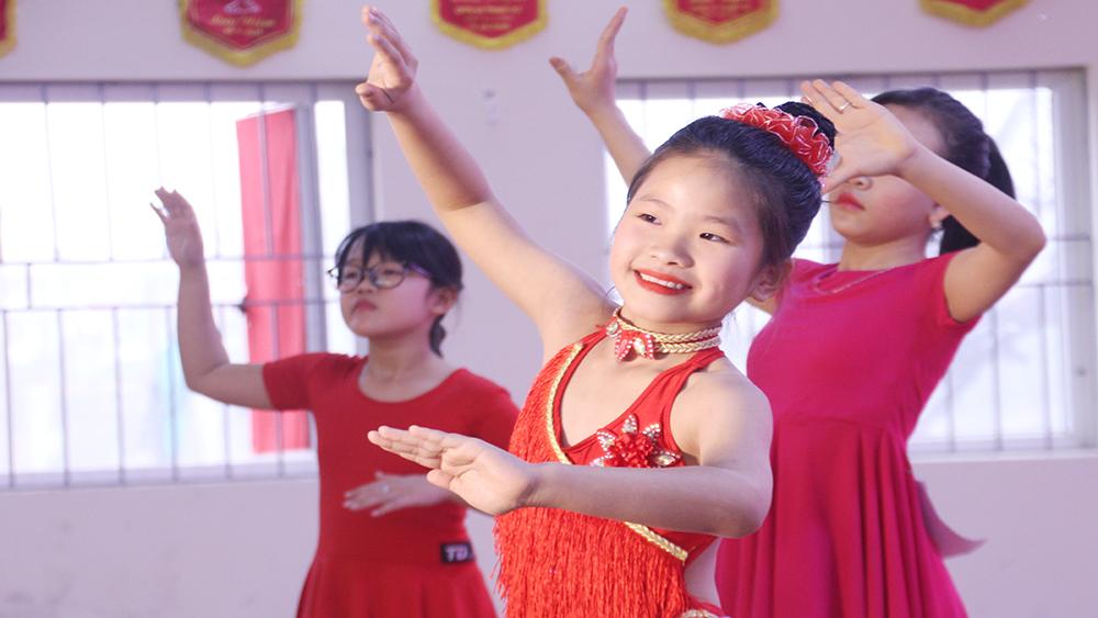 Câu lạc bộ Dance Sport Phương Anh giành giải Nhất giải khiêu vũ thể thao thiếu nhi