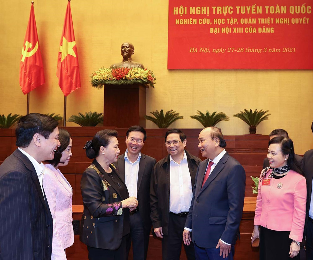 Thủ tướng Nguyễn Xuân Phúc, Chủ tịch Quốc hội Nguyễn Thị Kim Ngân và các đại biểu.