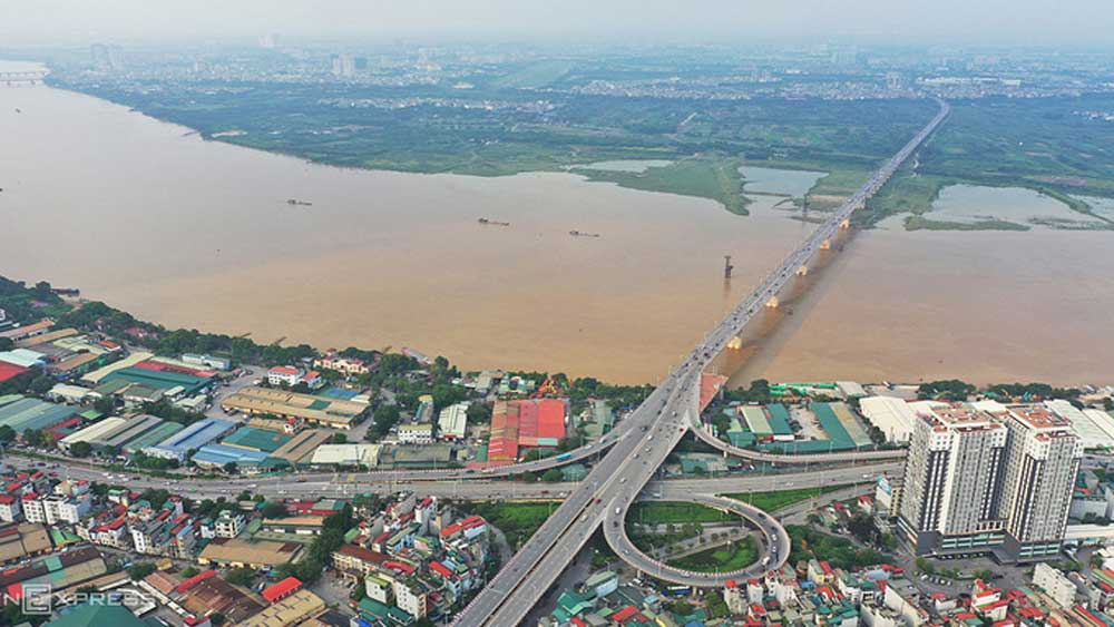 Hanoi plans to build two bridges over Red River at $1.12 bln