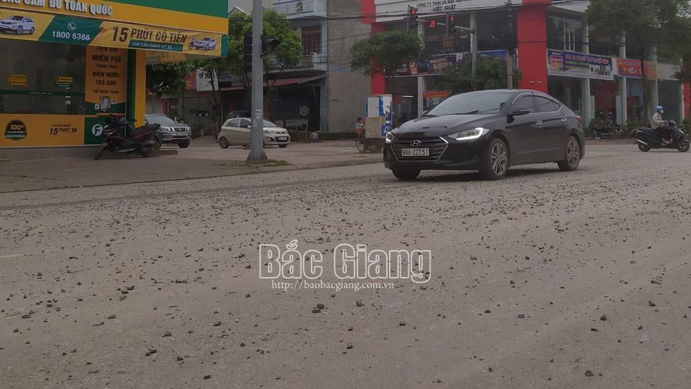 xe bồn; rơi vãi; môi trường; Bắc Giang