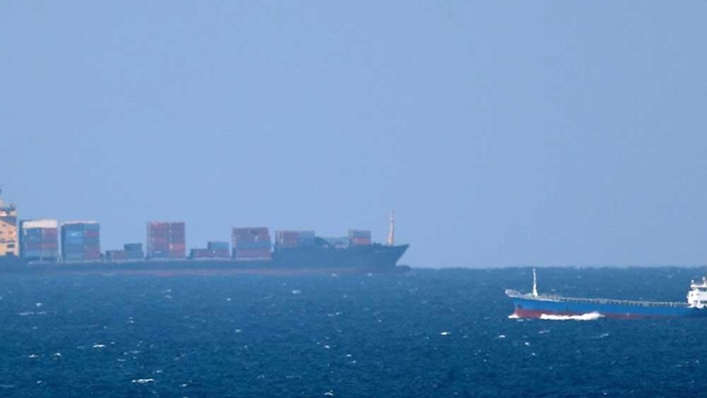 Tàu Iran, bị tấn công, Biển Đỏ