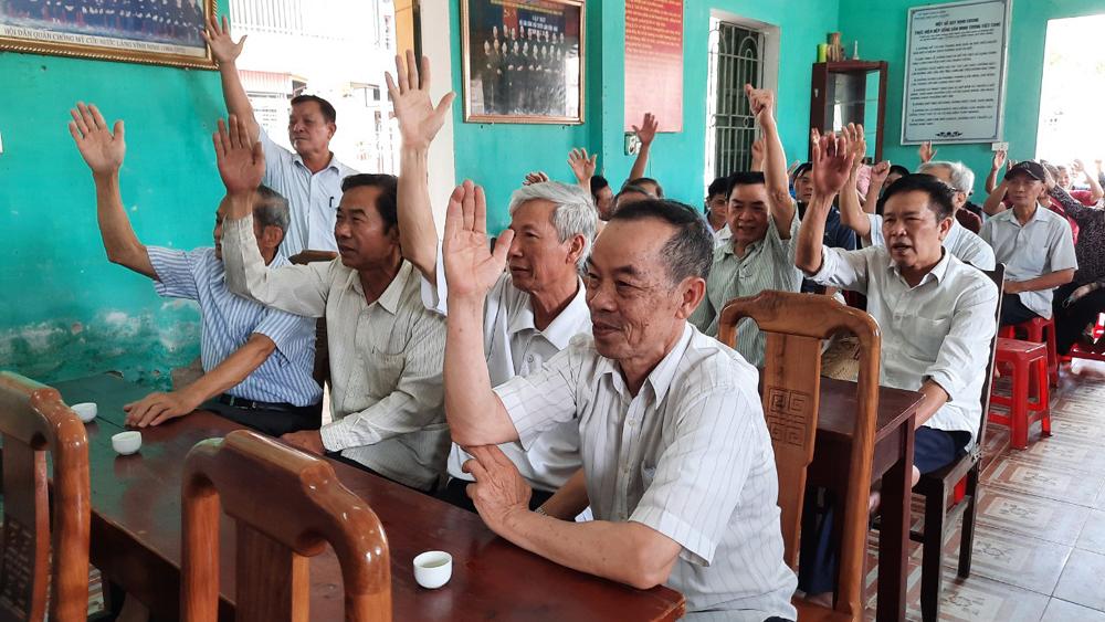 Lấy phiếu nhận xét, tín nhiệm đại biểu Quốc hội, HĐND, đồng chí Lê Ánh Dương, tổ dân phố Vĩnh Ninh,