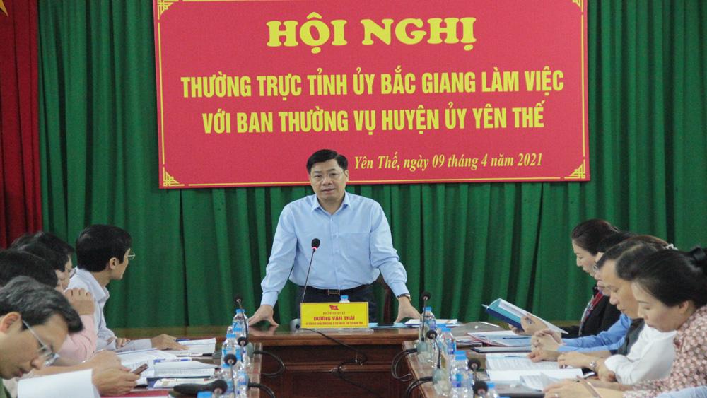 Bí thư Tỉnh ủy Dương Văn Thái chủ trì buổi làm việc.