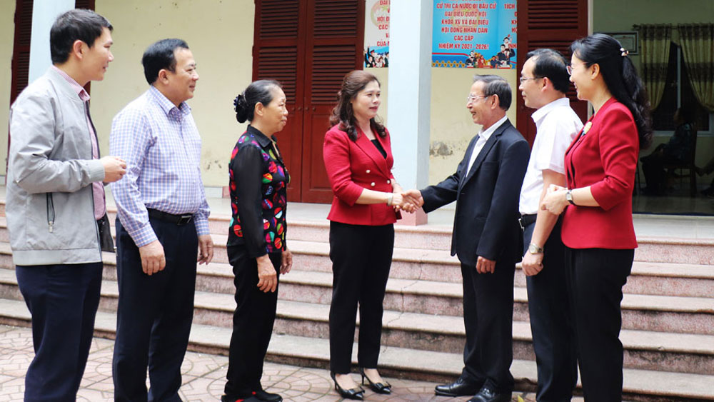 Phó Chủ tịch Thường trực HĐND tỉnh Lâm Thị Hương Thành được 100% cử tri nơi cư trú tín nhiệm giới thiệu ứng cử đại biểu HĐND tỉnh nhiệm kỳ 2021-2026