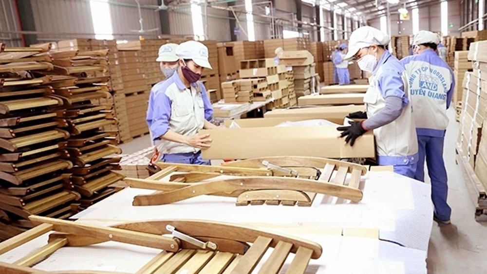 Export revenue, forestry products, first quarter,  sharp increase,  wood and wood products, main export markets, high export growth rates