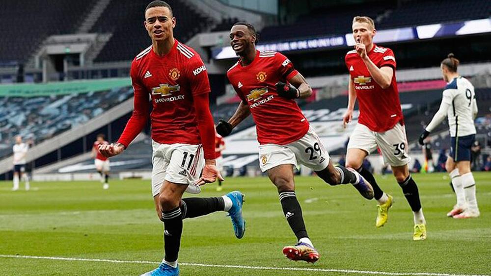 Man Utd thắng ngược Tottenham