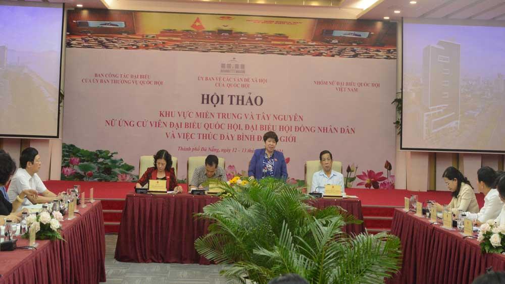 Nâng cao vai trò của nữ đại biểu dân cử