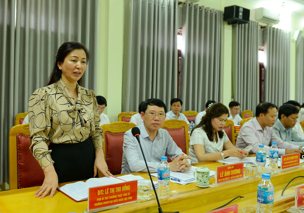 Luc Ngan district, developing fruit trees, forest-based economy, association with tourism, Bac Giang province, key tasks, tourism development, OCOP products