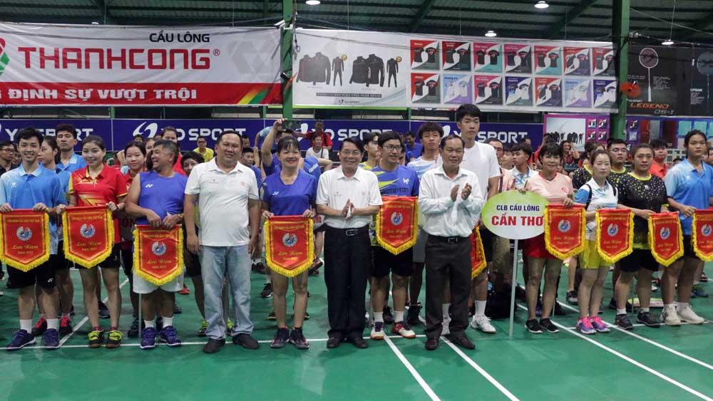 Khai mạc Giải vô địch Cầu lông Câu lạc bộ các tỉnh, thành, ngành toàn quốc năm 2021