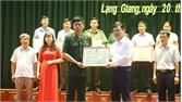 Lạng Giang:  Khen thưởng 22 tập thể và 12 cá nhân tiêu biểu học và làm theo Bác