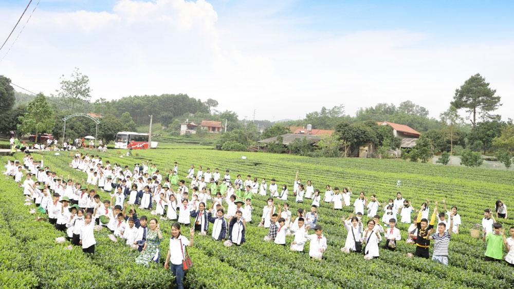 Bắc Giang: Các điểm du lịch đón hàng nghìn du khách trong ngày nghỉ giỗ tổ Hùng Vương