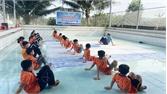 Tân Yên dạy bơi miễn phí cho học sinh hoàn cảnh khó khăn