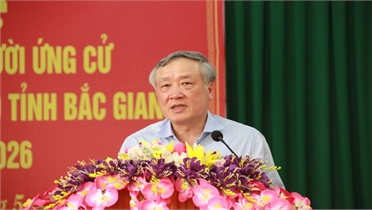 Chánh án TAND Tối cao Nguyễn Hòa Bình, Bí thư Tỉnh ủy Dương Văn Thái và các ứng cử viên ĐBQH, HĐND tỉnh tiếp xúc cử tri huyện Yên Thế