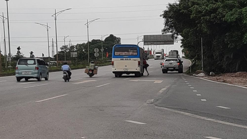 Nhiều xe, biển số, Hà Nội, Lạng Sơn, đón khách, Bắc Giang