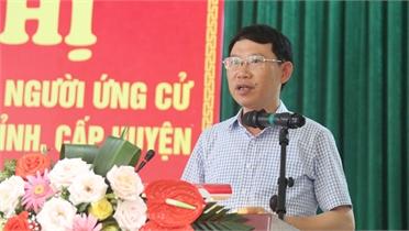 Chủ tịch UBND tỉnh Lê Ánh Dương và các ứng cử viên đại biểu HĐND tỉnh tiếp xúc cử tri huyện Việt Yên