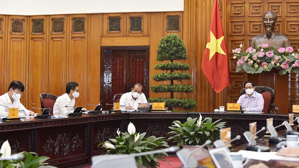 Thủ tướng Chính phủ Phạm Minh Chính chủ trì cuộc họp giữa Thường trực Chính phủ với Ban Chỉ đạo Quốc gia phòng, chống Covid-19.