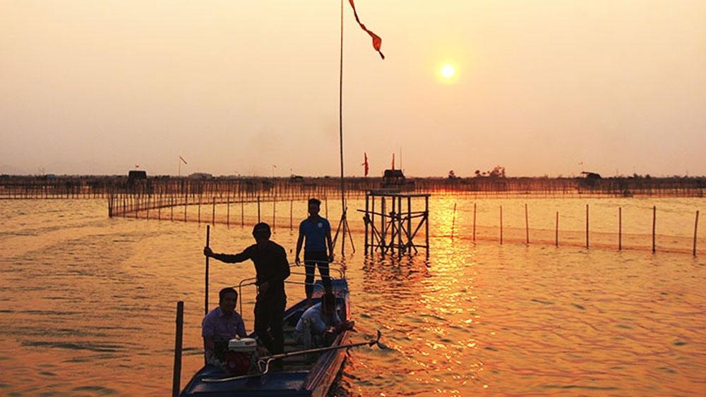 Peaceful beauty of Chuon lagoon