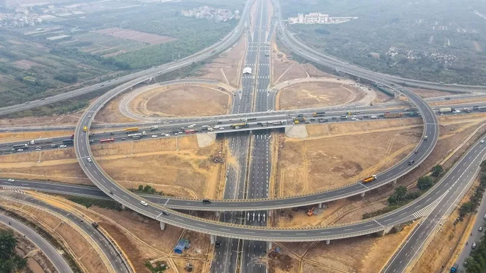 Hanoi, neighbouring provinces, seek approval, fourth ring road, key national projects, socio-economic development