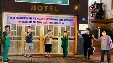 Người Bắc Giang cảm ơn y bác sĩ về giúp chống dịch