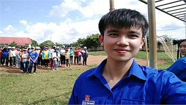 Nam sinh Gia Lai viết đơn tình nguyện đi Bắc Giang chống dịch