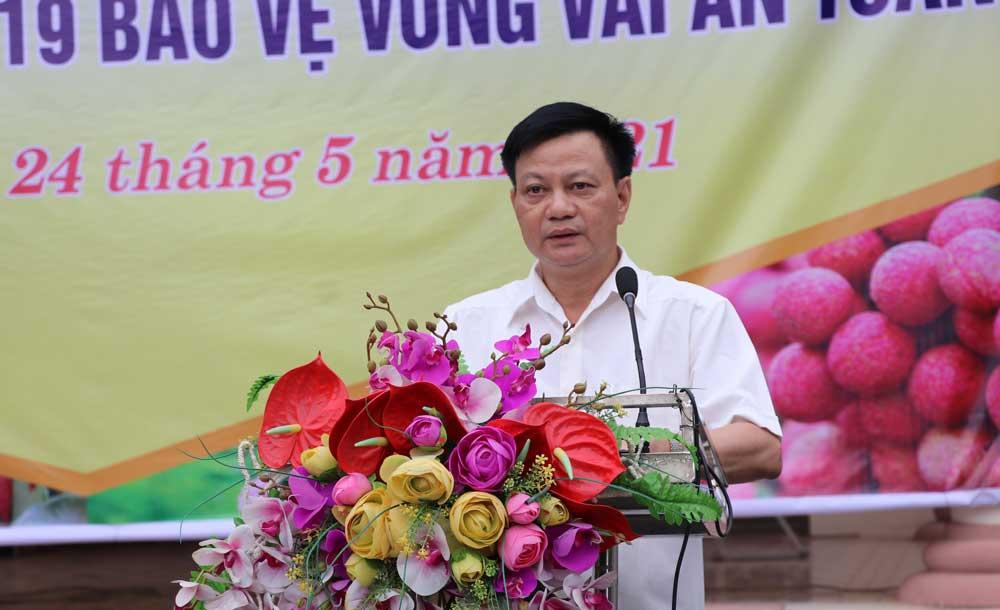 Chủ tịch UBND huyện La Văn Nam phát biểu tại lễ phát động.
