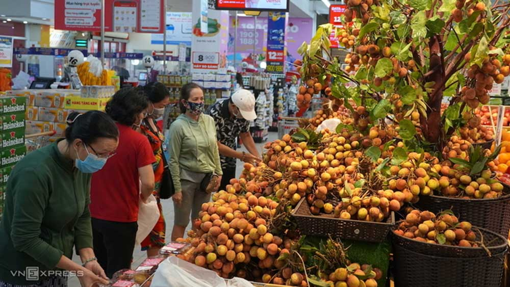 Several supermarkets consume larger quantity of Bac Giang's lychee