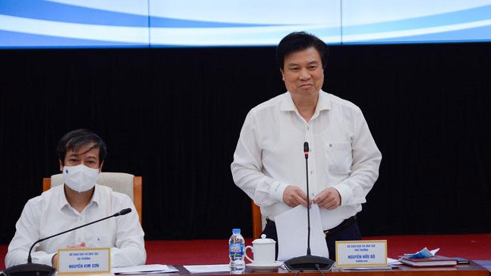 Bắc Giang kiến nghị Bộ GD&ĐT hướng dẫn tổ chức thi tốt nghiệp THPT cho học sinh bị cách ly