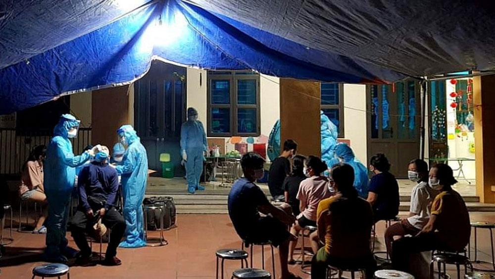 Y tế Quảng Ninh, dốc lòng chia lửa, Bắc Giang, chống dịch, lấy mẫu, truy vết