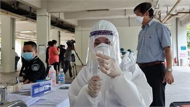 Bắc Giang: 2.216 ca mắc, 31 bệnh nhân Covid-19 khỏi bệnh được ra viện