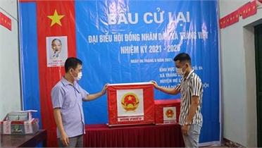 Hà Nội: Kỷ luật Phó Bí thư Thường trực Đảng ủy xã Tráng Việt vì mang 75 phiếu bầu cử về nhà tự gạch