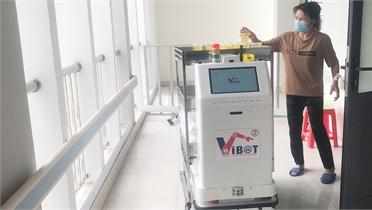 Bắc Giang có 2 robot phục vụ điều trị bệnh nhân Covid-19
