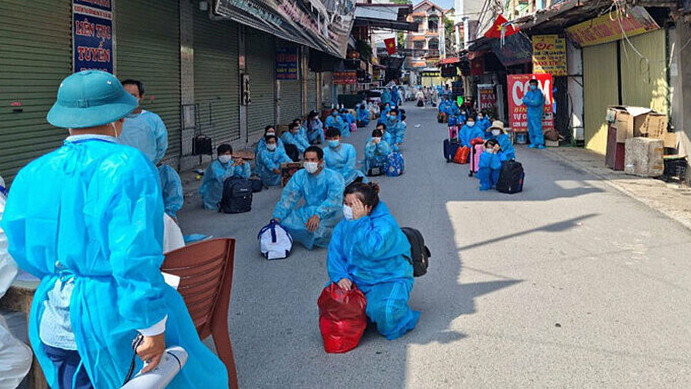 Covid-19 epicenter, Bac Giang province, moves another 2,800 workers, centralized quarantine, contain its outbreak