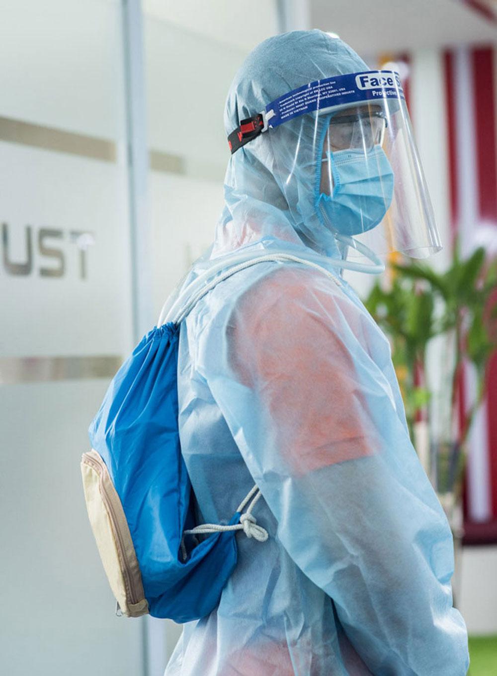 Áo làm mát, giường carton, hỗ trợ, chống dịch Covid-19