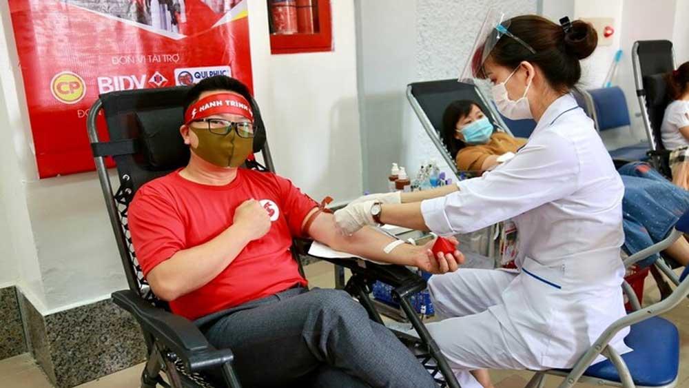 Khởi động, chiến dịch, hiến máu xuyên Việt