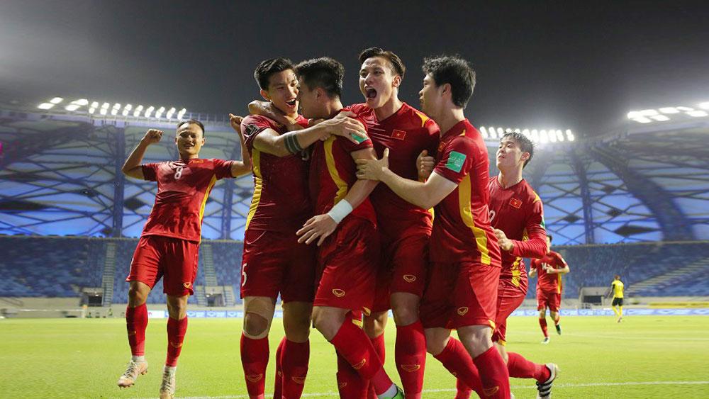 Chủ tịch nước, Thủ tướng, Chủ tịch Quốc hội, chúc mừng, đội tuyển Việt Nam