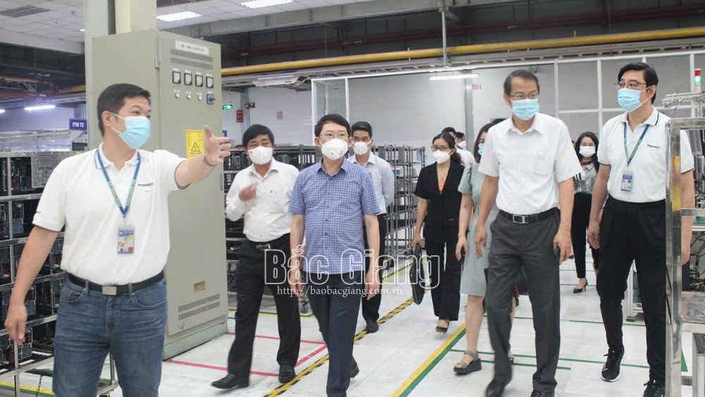 Fuhong company, an example, disease-free production, Covid-19 pandemic, Bac Giang province, electronic components, health and safety conditions