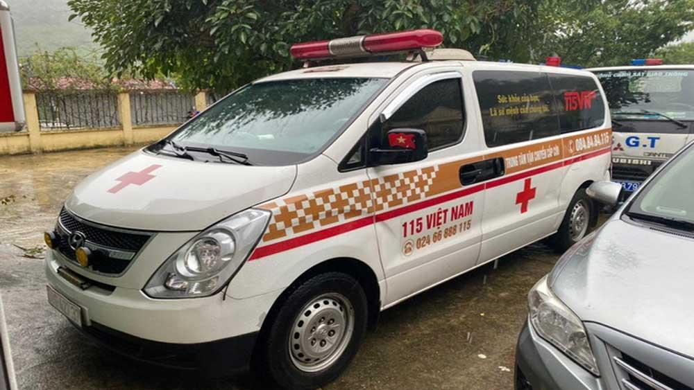 Thu 300.000 đồng/người, xe cứu thương , 12 người ở Bắc Ninh, Sơn La