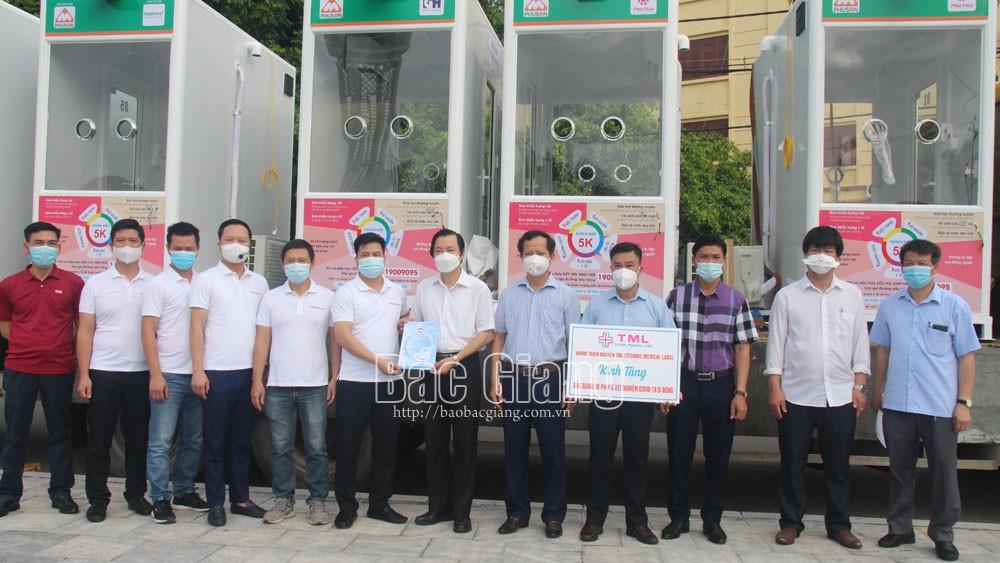 Nhóm thiện nguyện TML tặng tỉnh Bắc Giang 5 phòng lấy mẫu xét nghiệm