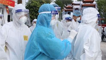 """Những """"bông hồng thép""""  ở CDC Bắc Giang"""