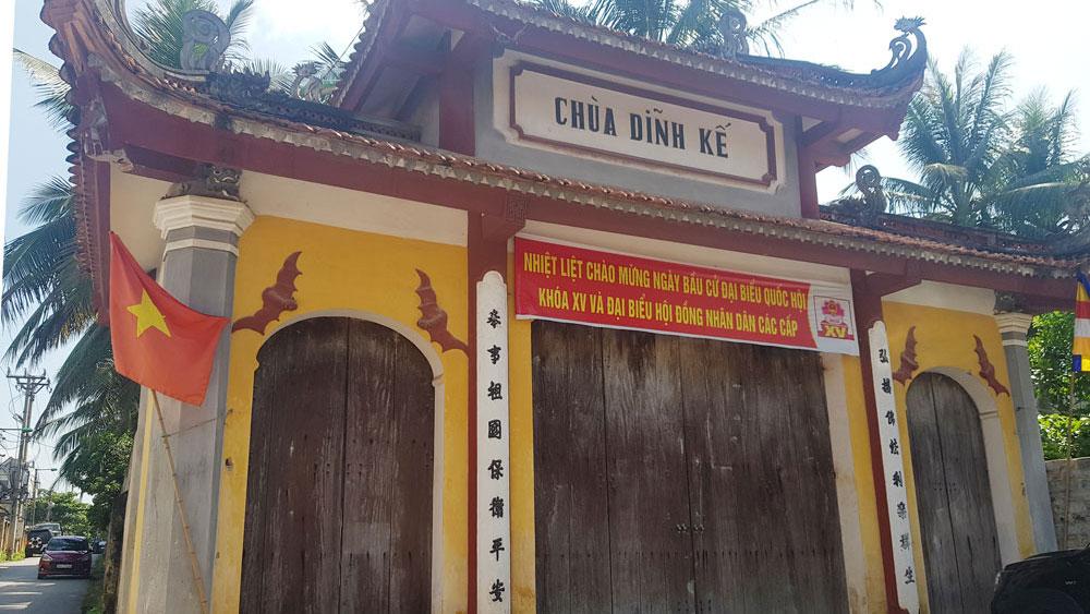 Bé gái 15 ngày tuổi bị bỏ rơi tại chùa Dĩnh Kế với lời nhắn nhờ cưu mang