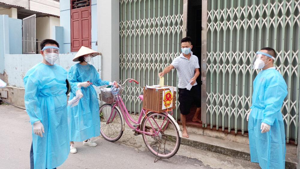 Kỷ niệm Ngày Báo chí Cách mạng Việt Nam 21/6: Tác nghiệp trong kỳ bầu cử đặc biệt