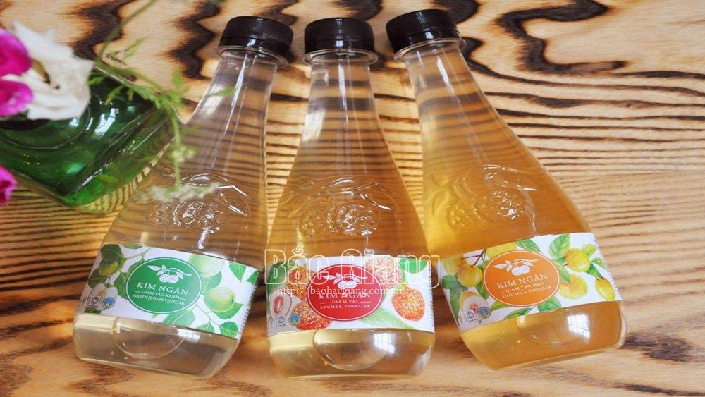 Ngan Giang Company, export vinegar to China, Bac Giang province, apple and lychee vinegars, Chinese market,