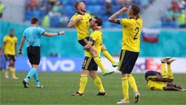 Euro 2020: Thuỵ Điển đặt một chân vào vòng 1/8