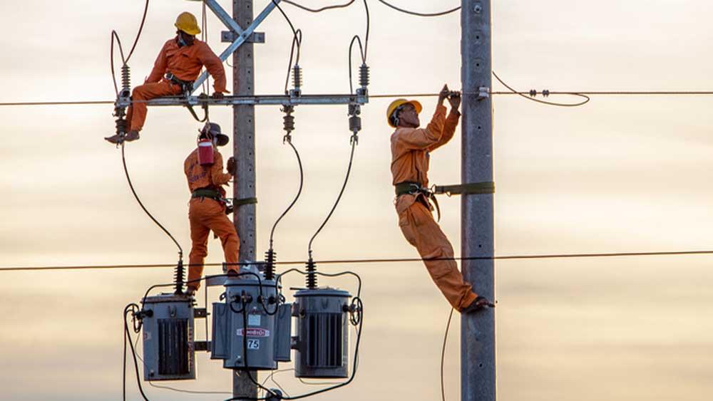 Tiêu thụ điện, lập đỉnh mới