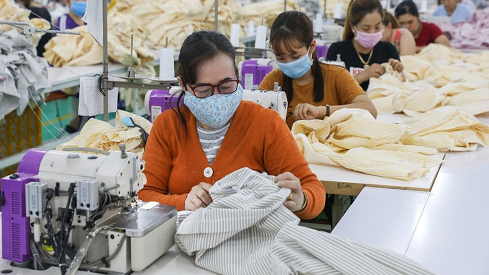 Garment and textile exports soar 15% to reach US$12.2 billion in five months