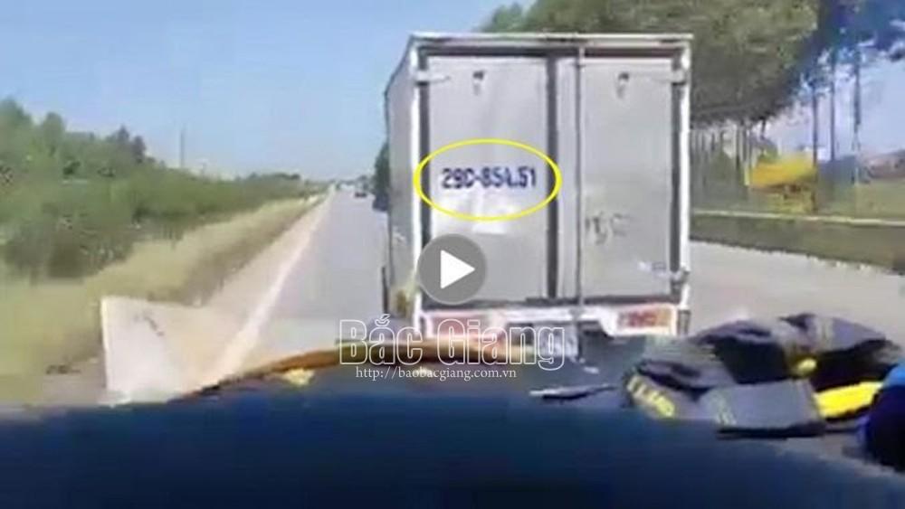 Bắc Giang: Không nhường đường cho xe cứu thương, một tài xế bị phạt 4 triệu đồng
